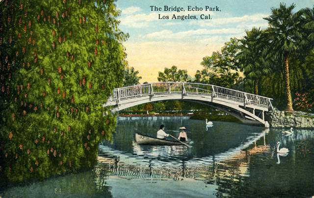 Postcard image circa 1900s. From GlamAmor.com